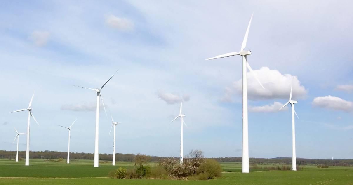 Ett överskott på kraft ger sjunkande elpriser